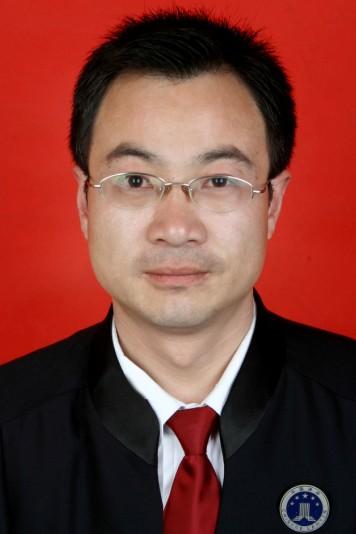 闫茂阁律师